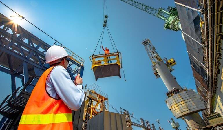 Manutenção em linha viva: principais dicas de segurança e prevenção no trabalho
